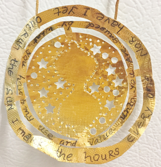 Wonderful time turner ornament by Greenreen, posted with directions on how to make it at instructables.com.